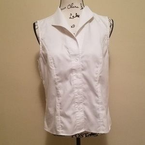 Calvin Klein Button up top. Sleeveless. White.